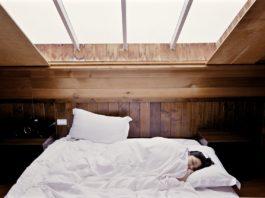 Durch mehr Schlaf zu mehr Schönheit: Kann das gelingen? pixabay.com © Free-Photos