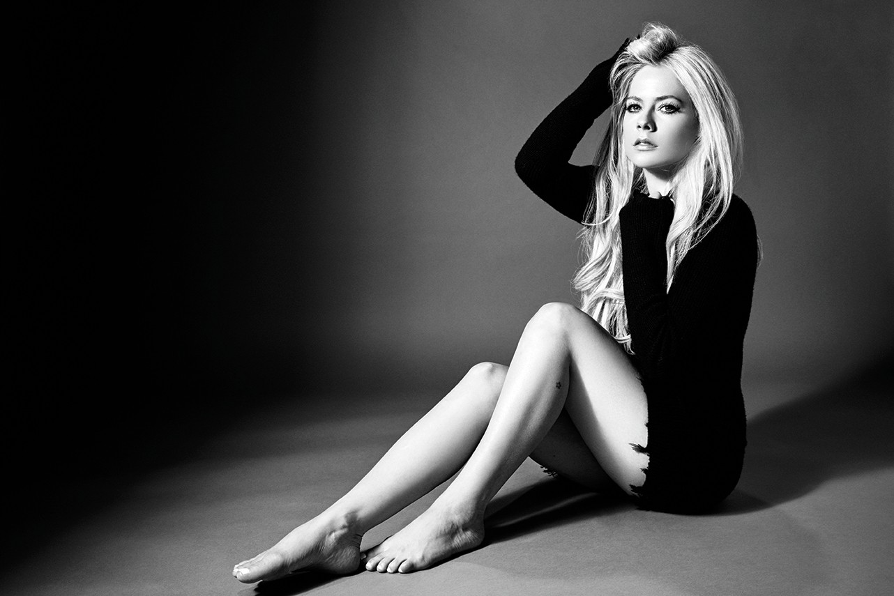 Avril-Lavigne (c)David Needleman