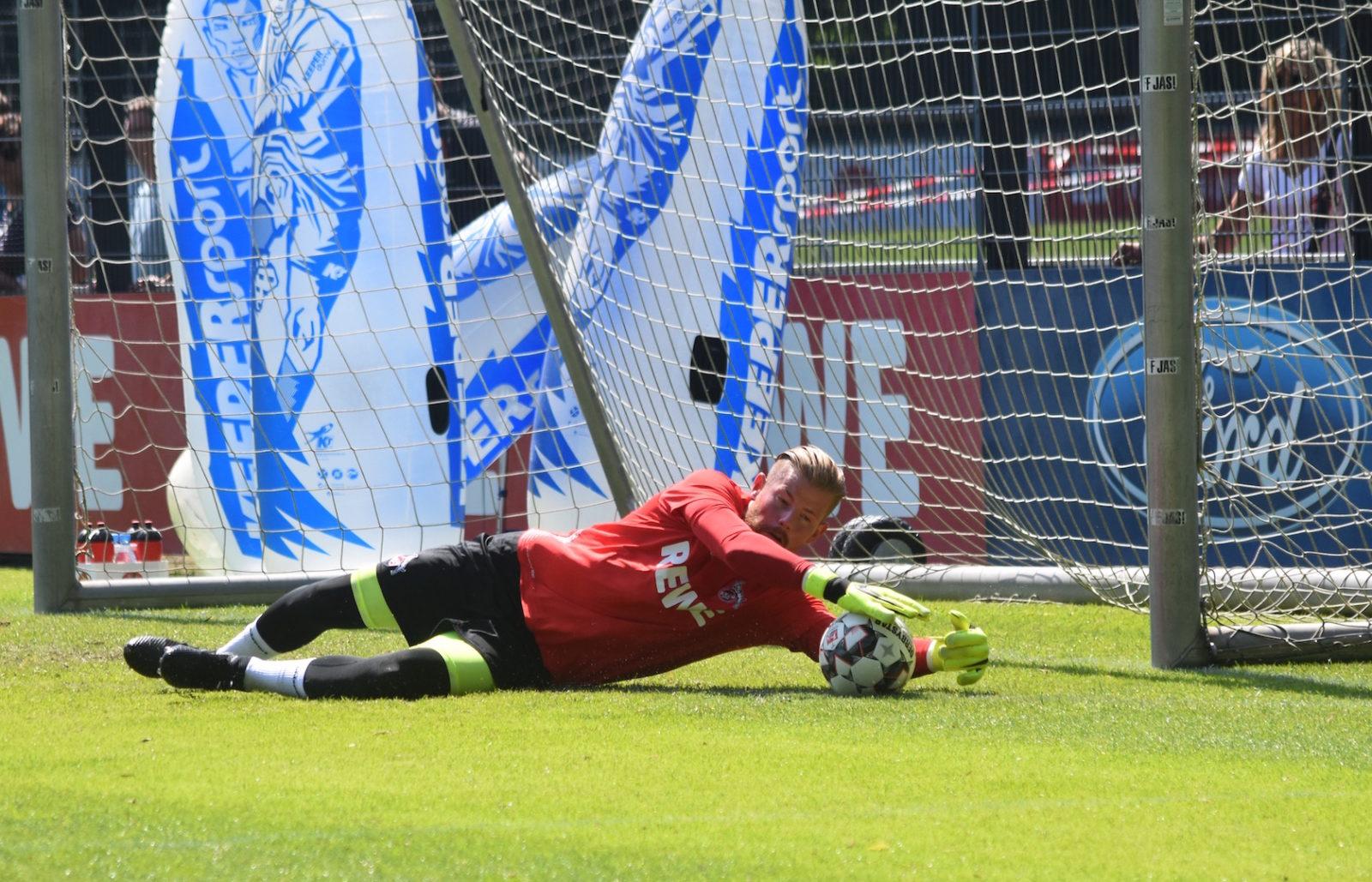 Timo Horn 1.FC Köln beim Training