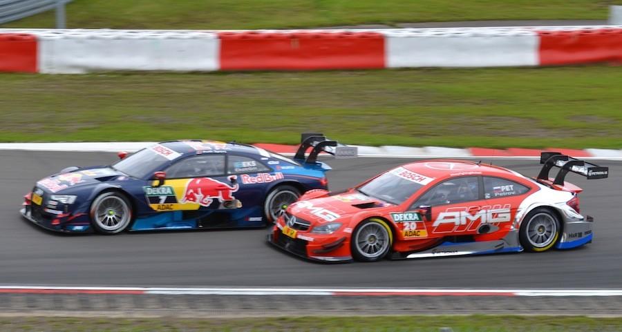 DTM Ekström Audi überholt Petrov