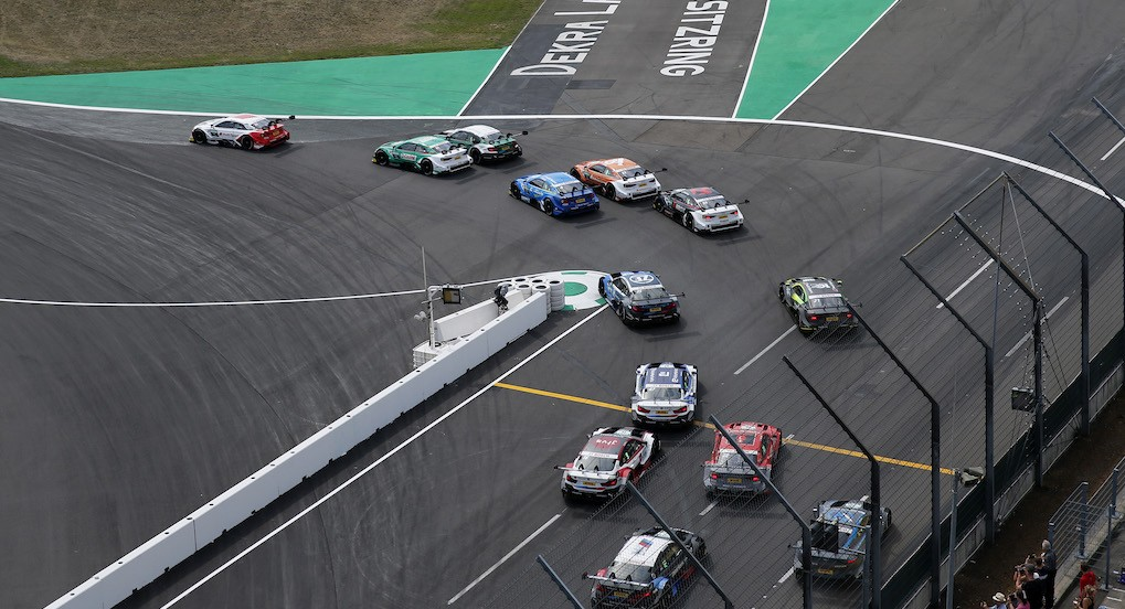 Start of the race, 33 René Rast (GER, Audi Sport Team Rosberg, Audi RS 5 DTM) taking the lead from 51 Nico Müller (CHE, Audi Sport Team Abt Sportsline, Audi RS 5 DTM), 11 Marco Wittmann (GER, BMW Team RMG, BMW M4 DTM), 4 Robin Frijns (NED, Audi Sport Team Abt Sportsline, Audi RS 5 DTM), 53 Jamie Green (GBR, Audi Sport Team Rosberg, Audi RS 5 DTM), DTM Lausitzring 2019, (Photo by Hoch Zwei)