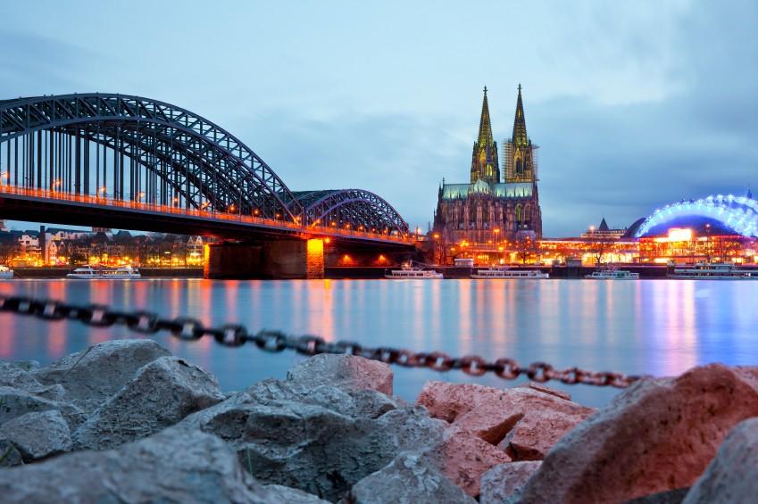 Köln Blick auf den Dom Bild: ©istock.com/Horst Gerlach