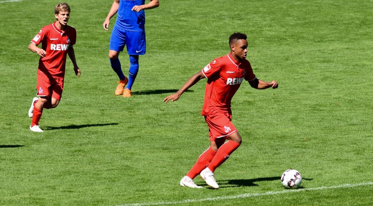 1FC Köln Nikolas Nartey und Vincent Koziello beim WSV