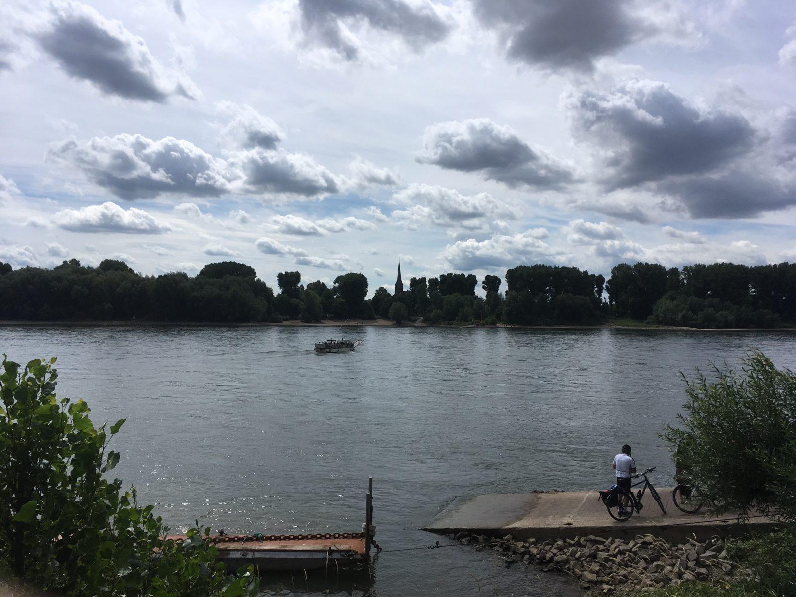 Fähre Porz Zündorf Rheinbogen