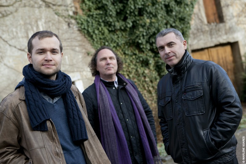 Brian Seeger - guitar, Jean-Yves Jung - piano, Paul Wiltgen - drums