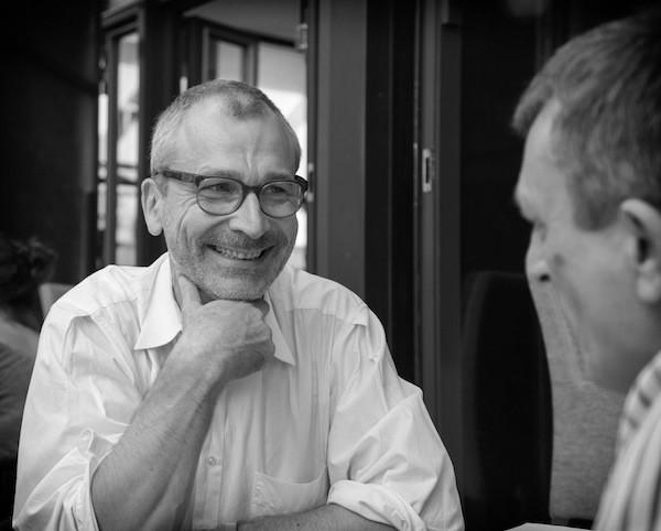 Volker Beck am Funkhaus WDR im Gespräch mit Packie
