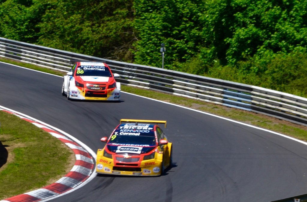 Tom Coronel hunting point WTCC TrophyTom Coronel hunting point WTCC Trophy