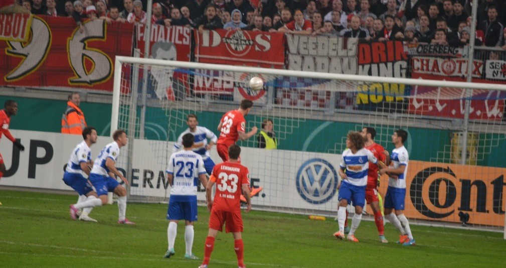 Zoller Kopfball Duisburg vs.1FC Köln