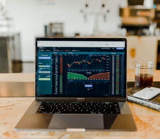 Trading Tipps Foto c) https://unsplash.com/photos/DfjJMVhwH_8