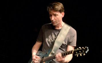 Hanno Busch Gitarre Foto (c) Gerhard Richter