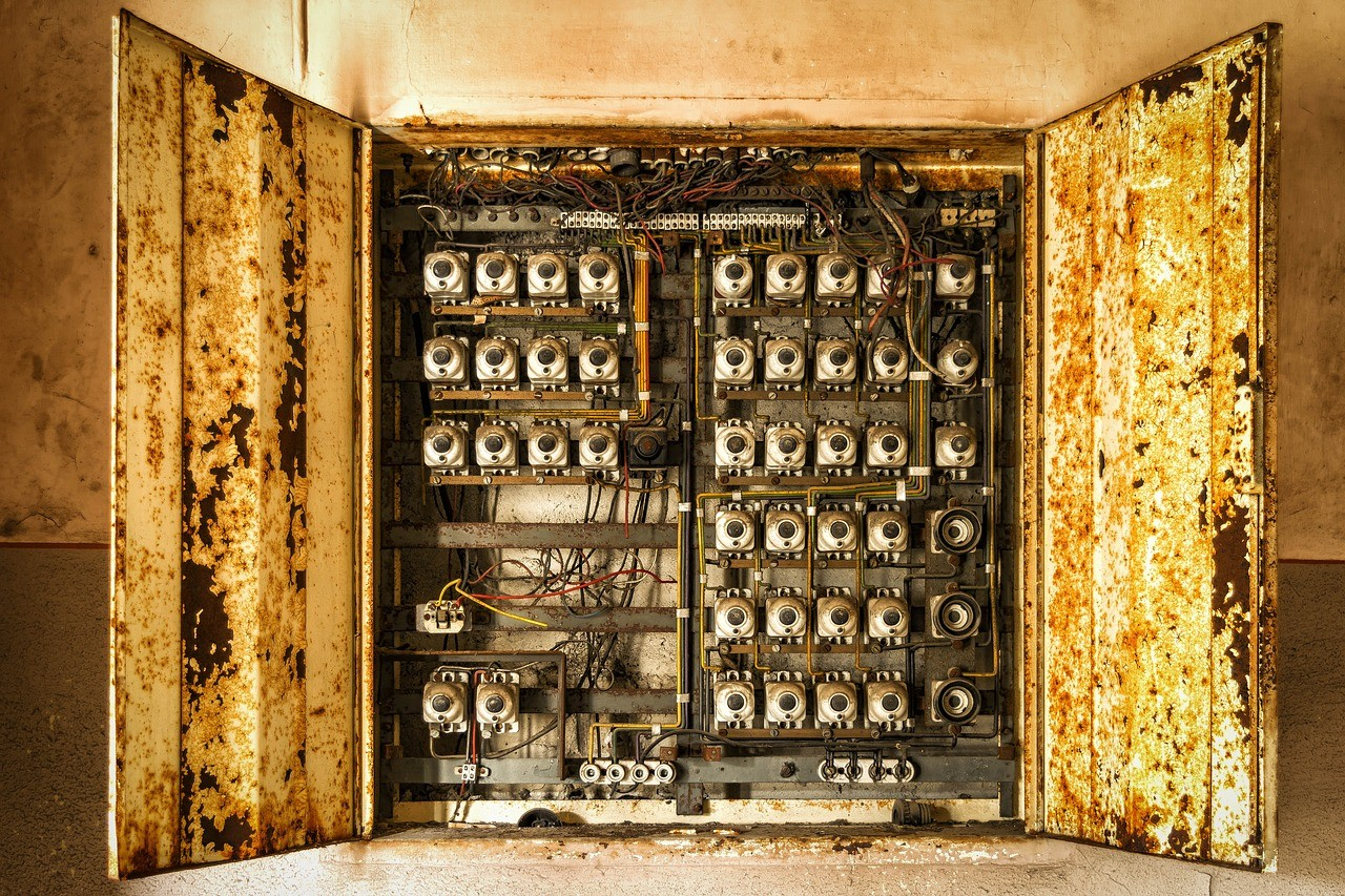 Elektrischer Schaltschrank (c) Pixabay.com