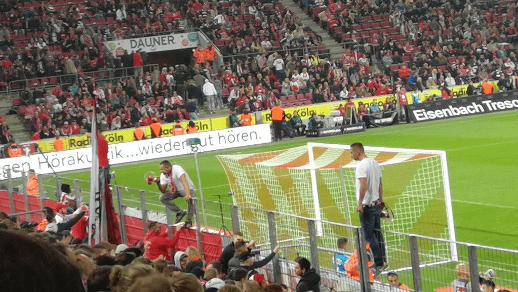 1.FC Köln vs Eintracht Frankfurt Foto @ Holgerkannix