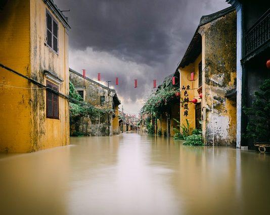 Die Flut die zum Alltag geworden ist Foto (c) Tri Le auf Pixabay