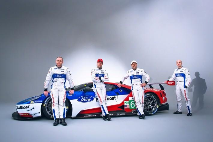 Ford Fahrer der FIA Langstrecken-Weltmeisterschaft Team Ford Chip Ganassi Racing Stefan Mücke (2. von links) Marino Franchitti (rechts), Olivier Pla (links) und Andy Priaulx (2. von rechts) Foto :obs/Ford-Werke GmbH