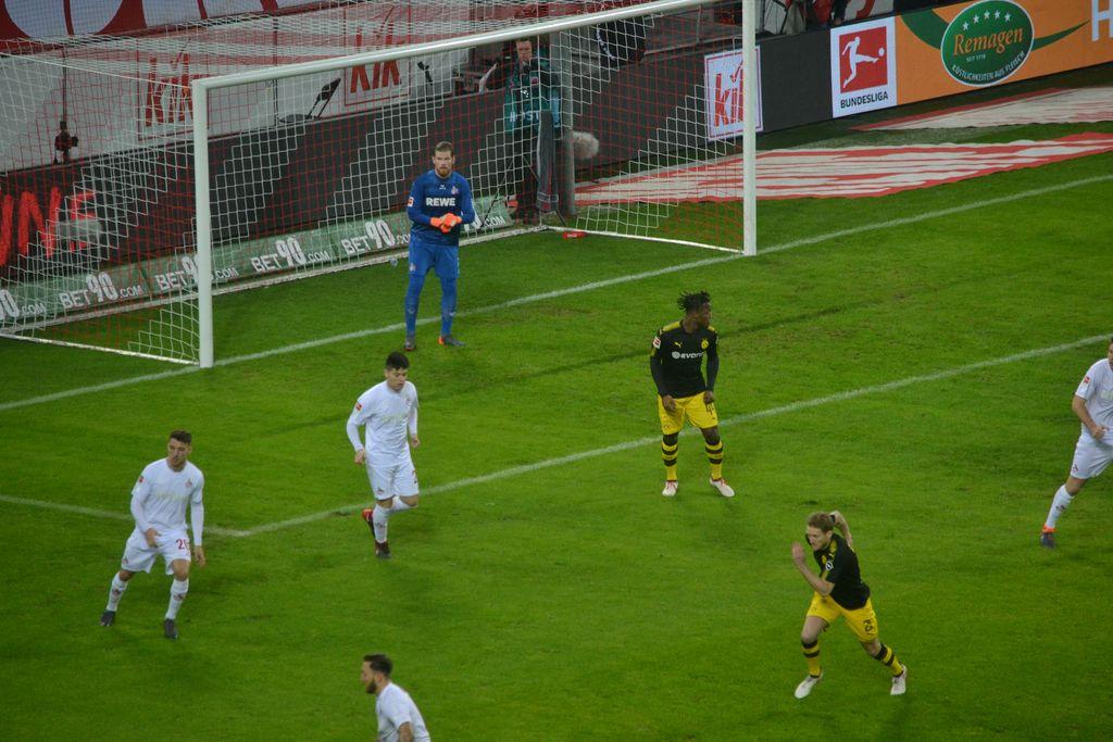 1.FC Köln gegen BVB Bun desliga Heimspiel